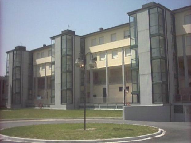 fabbricato_abitazioni_commerciale_aulla_francesco_ferrante