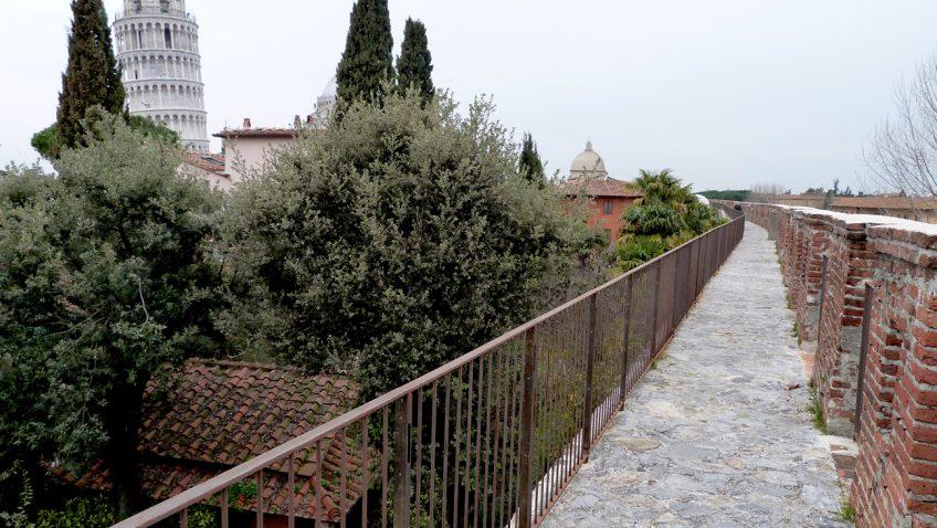 quartiere pratale antiche mura